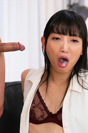 Cock Locked Kaoru Hanayama Horny Blowjob and Cum Swallow